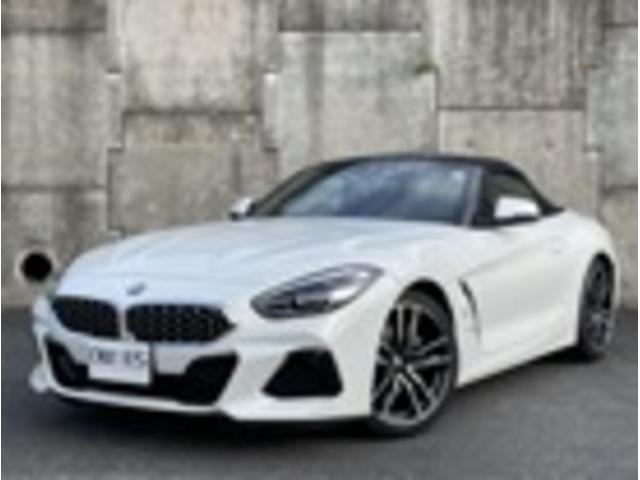 BMW sDrive20i Mスポーツ イノベーションPKG 19インチMスポーツホイール ブラックレザーシート ACC Bカメラ オートライト コンフォートアクセス 禁煙車