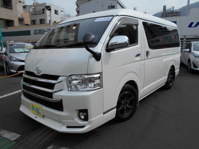 トヨタ GL 4型 ナビTV後席モニタ- LEDライト