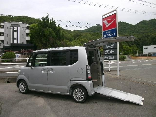 ホンダ N-BOX+ G・Lパッケージ 車いす仕様車