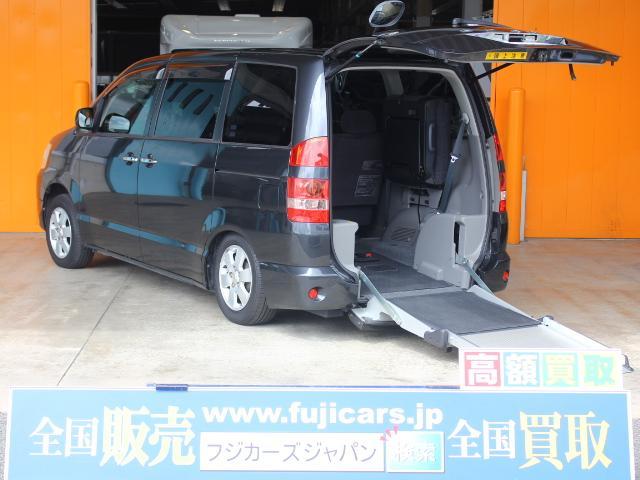 トヨタ 福祉車両 ウェルキャブ 電動スロープ