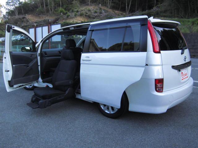 トヨタ プラタナ 福祉車両 サイドリフトアップシート 6人乗 禁煙車