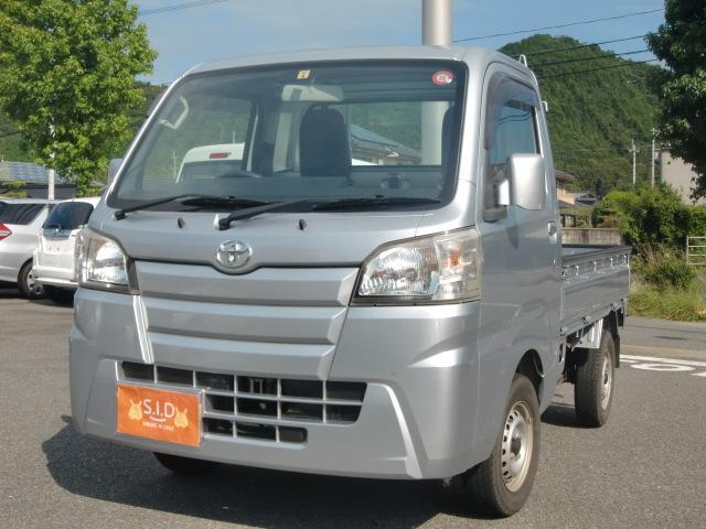 トヨタ 4WD エアコン パワステ ワンオーナー CD付