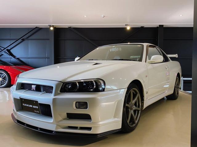 日産 スカイライン GT-R VスペックII Nur仕様(エンブレム、ヘッドカバー)、NISMOフルスケールメーター(ディーラーにて交換)、マフラー以外オリジナル