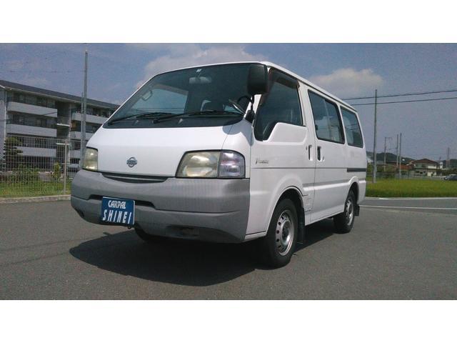 日産 DX 5ドア・低床・ガソリン