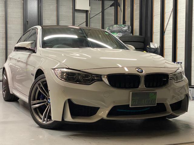 BMW M3 LEDヘッドライト・レザーシート・ツインターボ・走行1万キロ台・ユーザー買取車・ETC・ドライブレコーダー・クリアランスソナー