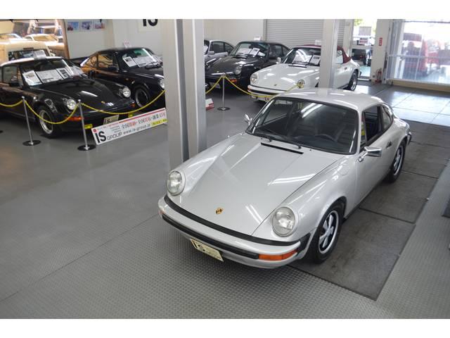ポルシェ 911 2.7L D車 ガレージ保管 フルノーマル 黒レザー
