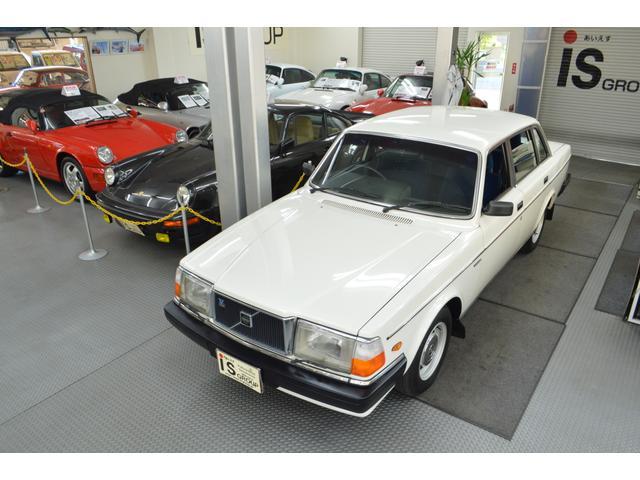 ボルボ 240GL 帝人ボルボ オリジナル車 D車 右ハンドル
