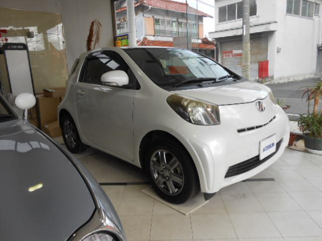 トヨタ iQ 100G レザーパッケージプラス  地デジナビ バックモニタ