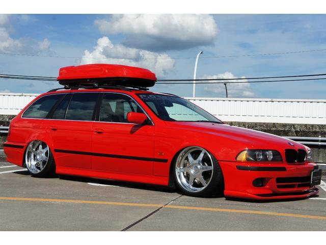 BMW 5シリーズ 525iツーリングハイライン ベージュ革シート パワーシート エアサスペンション 19インチAW