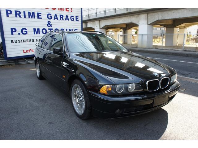 BMW 5シリーズ 525iツーリングハイライン サンルーフ シートヒーター 黒革シート 純正ナビ