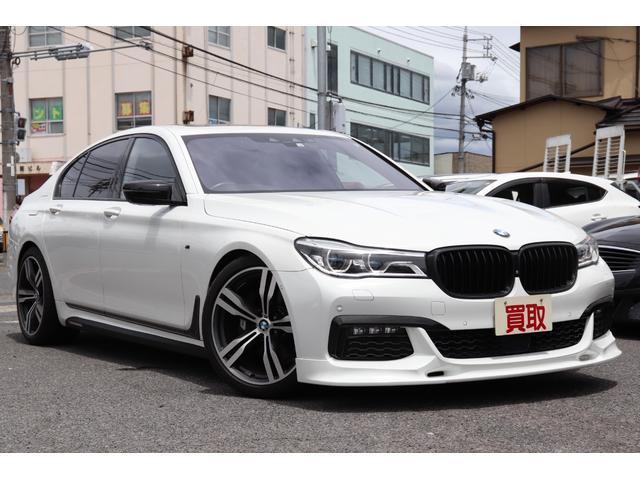 BMW 740i Mスポーツ SR 黒革シート ナビTV 3Dデザインスポイラー サイドデカール エグゼクティブドライブプロ ローダウン レーザーライト 禁煙車 カーボンシートラッピング カーボンコアボディ