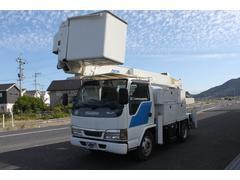 エルフトラック高所作業車 14mクレーン アウトリガー