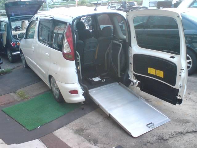トヨタ X 車椅子スロープ