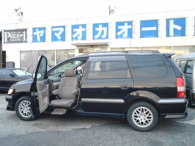 三菱 エクシード 福祉車両 助手席リフトシート