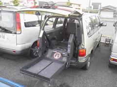 セレナ福祉車両アンシャンテ 電動リフト 車いす輸送車 チェアキャブ