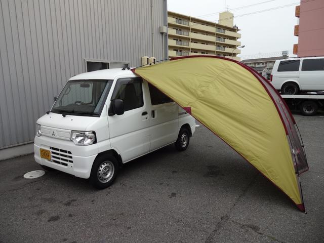 三菱 ミニキャブバン CD 2シーター 明窓 HDDナビ フルセグTV ハイルーフ キーレス 2人乗 5速MT 車中泊 カーサイドタープ