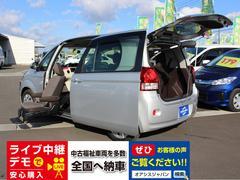 ポルテ助手席リフトアップシート 電動式車いす収納装置付き