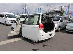 ポルテ助手席リフトアップシート 電動式車いす収納装置 ナビ