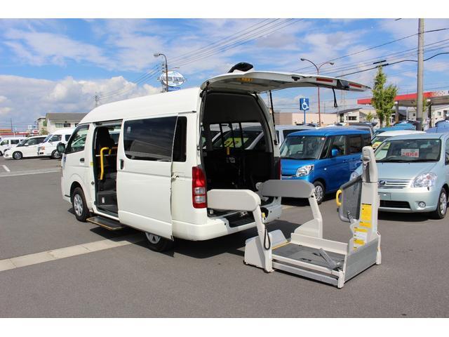 トヨタ 車いすリフト車 4WD 電動スライドドア