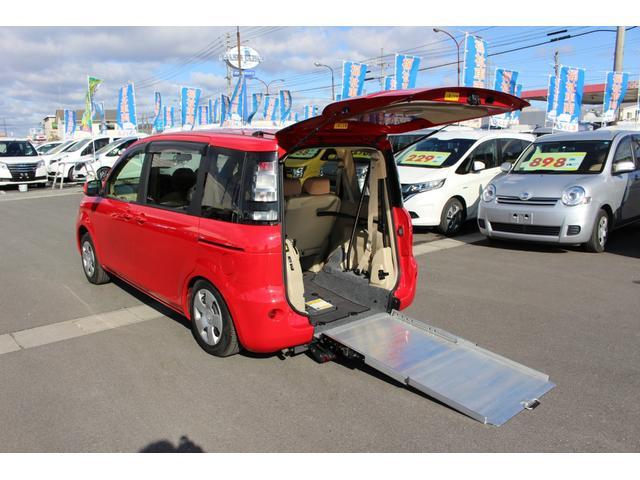 トヨタ 車いすスロープ 車いす1名 6人乗り ナビテレビ Bカメラ