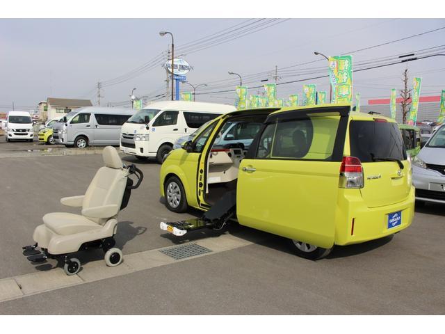 トヨタ スペイド F サイドアクセス車 脱着シート仕様(電動式)3人乗り