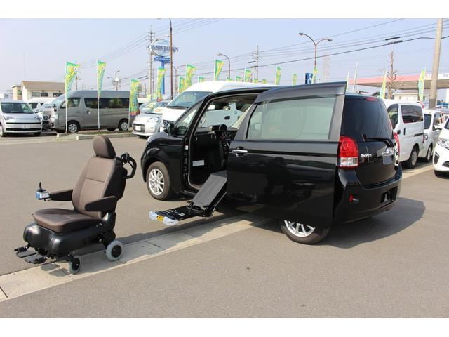 トヨタ ポルテ X サイドアクセス車 脱着シート仕様(電動式)4WD