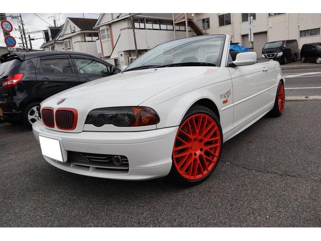 BMW 330Ciカブリオーレ 本革シート パワーシート シートヒーター カロッツェリアナビ バックカメラ フルセグ DVD USB Bluetooth ETC 外品18インチアルミ スモークヘッドライト スモークテールレンズ