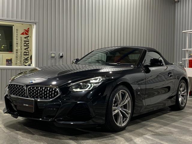 BMW Z4 sDrive20i Mスポーツ ディーラー車・右ハンドル・純正HDDナビ・Bluetooth・バックモニター・プッシュスタート・スマートキー・電動オープン・パドルシフト・赤レザーシート・パワーシート・シートヒーター・クルコン・ETC