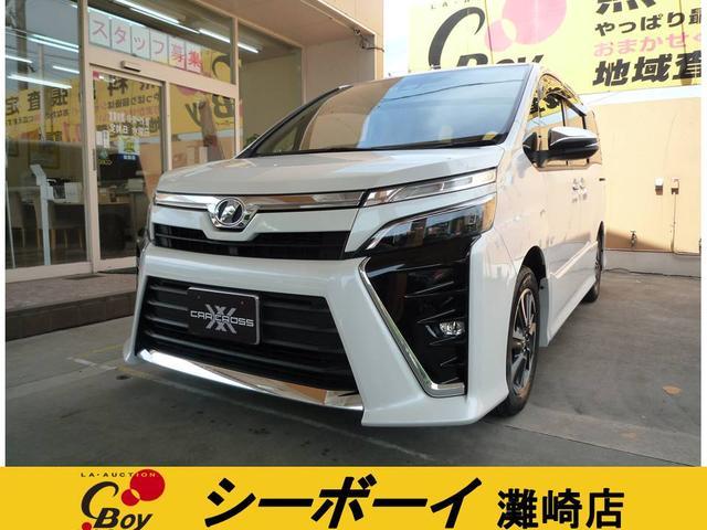 トヨタ ZS 煌 ワンオーナー ユーザー買取車 両側パワースライドドア 純正9インチナビ フルセグテレビ Bluetooth DVDビデオ バックカメラ 12.1型純正フリップダウン LEDライトオートハイビーム 7人