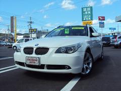 BMW525iツーリングハイラインパッケージ 黒革 ナビ Bカメラ