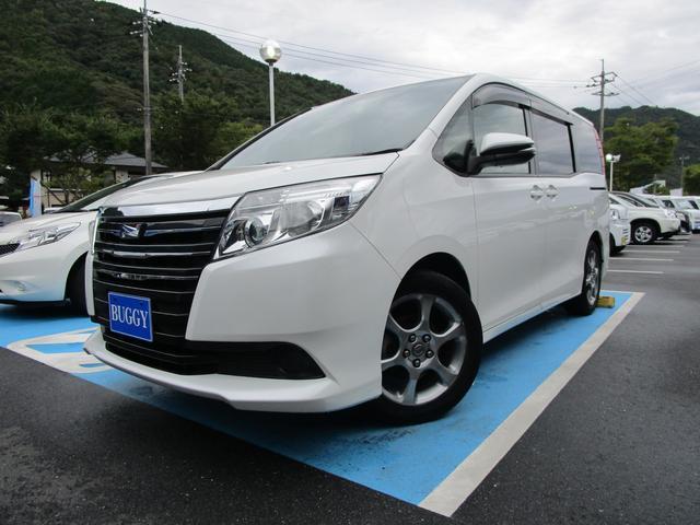 トヨタ X Vパッケージ 8人乗り ナビ