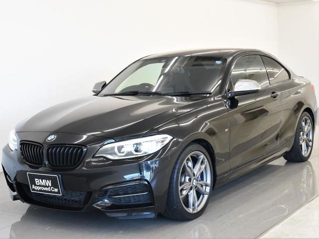 BMW M235iクーペ 6速MT リヤビューカメラ PDC ダブルAC コンフォートアクセス 純正HDDナビ USB Bluetooth フロント電動シート 純正18インチAW