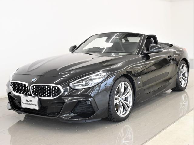 BMW Z4 sDrive20i Mスポーツ イノベーションパッケージ アダプティブLEDヘッドライト ヘッドアップディスプレイ ハイビームアシスタンス シートヒーター アクティブクルーズコントロール ドラビングアシスト アンビエントライト