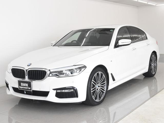 BMW 523i Mスポーツ イノベーションパッケージ BMWディスプレイキー ジェスチャーコントロール ヘッドアップディスプレイ アクティブクルーズコントロール トップビュー パキングアシスト ワイヤレスチャージ
