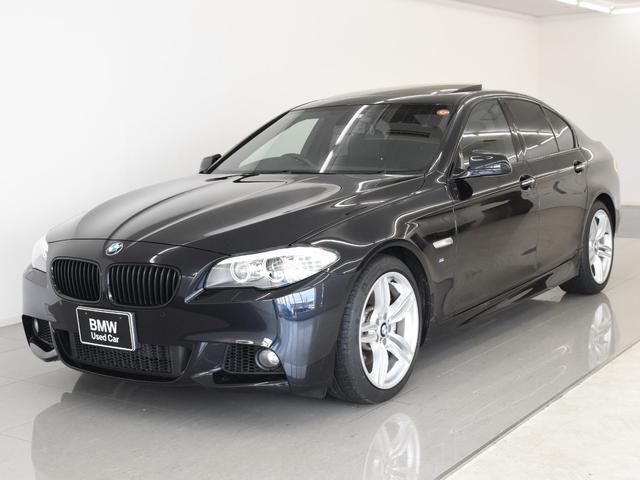 BMW 535i Mスポーツパッケージ サンルーフ 黒革 ブラックキドニーグリル オプションテールライト フルセグ Hifiスピーカー リアローラーブラインド フロントシートヒーター 19インチアロイホイール