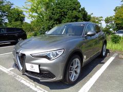 アルファロメオ ステルヴィオファーストエディション ベージュ革 登録済未使用車 保証継承