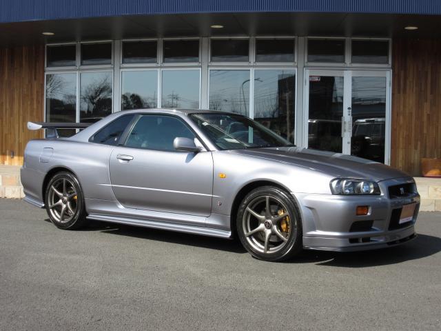 日産 GT-R Vスペック 1オーナー禁煙 無改造車