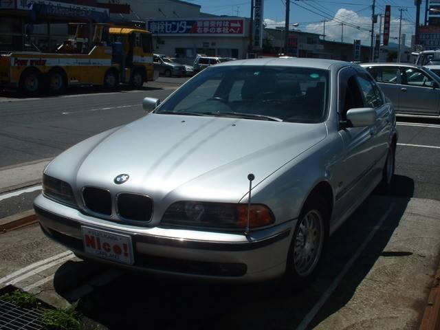 BMW 525i ディーラー車 右ハンドル