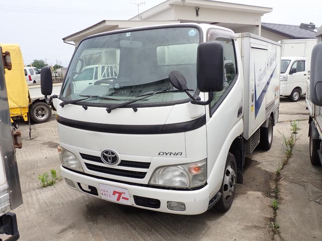 トヨタ 冷蔵冷凍車マイナス7度 5速ミッション車 1.35t