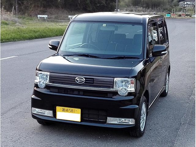 ダイハツ カスタム X CVT 社外ナビ