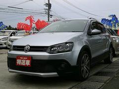 VW ポロクロスポロベースグレード・ターボ・正規ディーラー車・HID