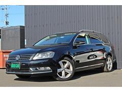 VW パサートヴァリアントTSIハイラインブルーモーションテクノロジー 革シート