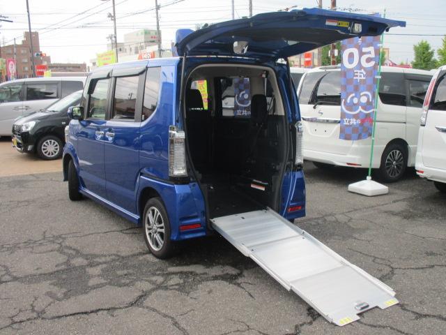 ホンダ 車いすスローパー4WD 福祉車両 電動ウインチ 車いす一台
