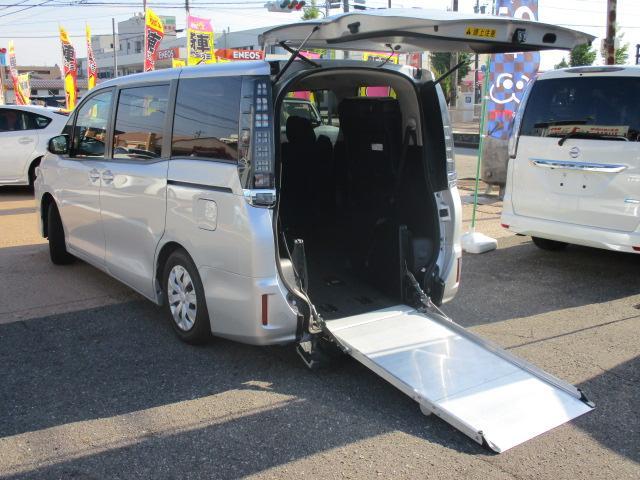 トヨタ Xウェルキャブ4WD 電動スロープ 電動ウインチ 福祉車両
