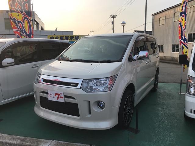 三菱 G プレミアム4WD8人乗り 純正HDDナビTVフルセグCD