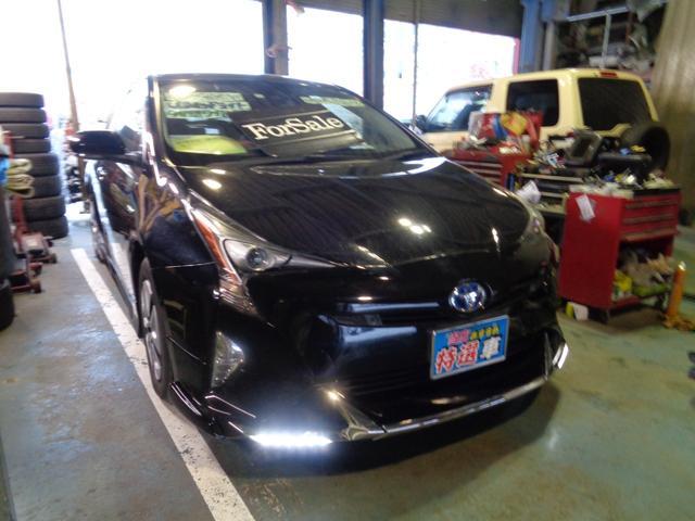 トヨタ A ISTOP CVT 外9V型ワイドD-TVナビ