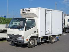 ダイナトラック10尺冷凍バン 積載2t 低温設定 サイドドア スタンバイ付