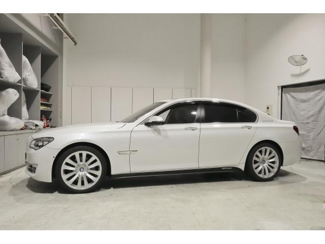 BMW アクティブハイブリッド7 インデビジアルエディション