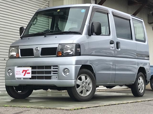 日産 DX 4WD 5速MT ラジオ