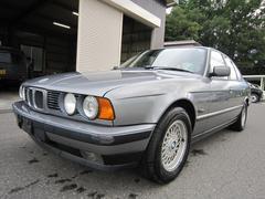 BMW525i セレクション レザーシート サンルーフ